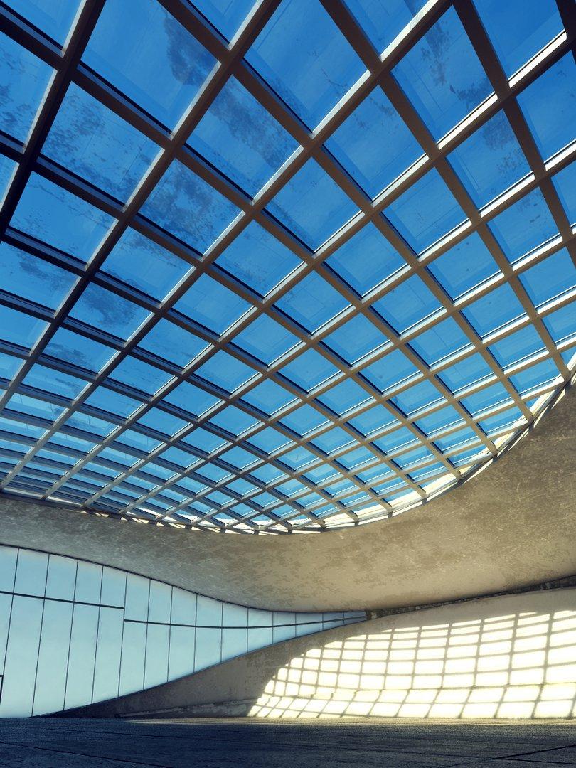 سازه فضایی | سقف شیشه ای سازمان - سازه فضایی... سازه فضایی | سقف شیشه ای در ساختمان - سازه فضاییصحنه طبقه خالی ساختمان  اداری سالن ...